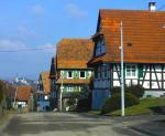 Le clocher du village voisin de Schoenenbourg